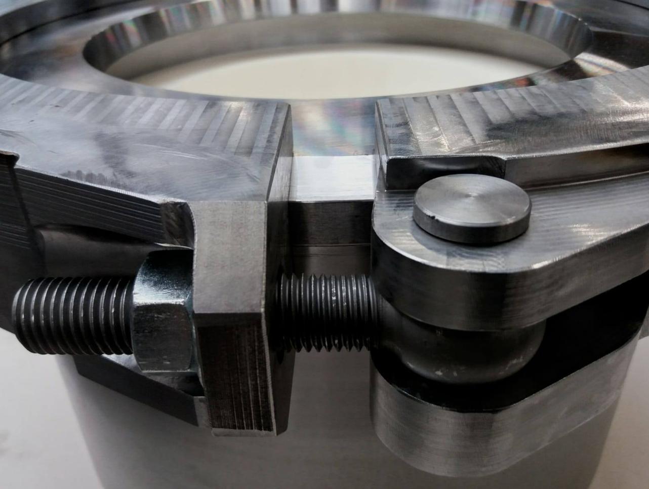 Extrusiematrijs voor QEW Engineered Rubber